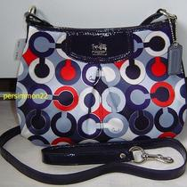 Coach Madison Graphic Op Art Swingpack F48523 Photo