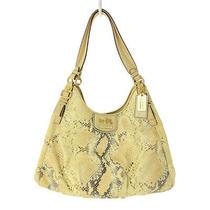 Coach Madison Shoulder Bag Embossed Metallic/18929/light Beige/coach Photo