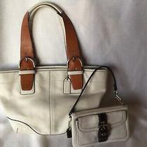 Coach Medium Handbag  Wristlet White/tan-Brown Wow Photo