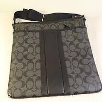 Coach Men's Signature Heritage Zip Top Crossbody Messenger Bag 71131 Black/charc Photo