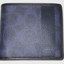 Coach Men's Wallet Photo