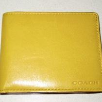 Coach Men's Yellow Wallet Photo
