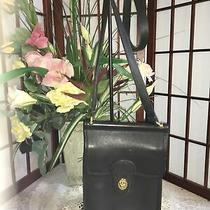 Coach  Messenger Cross-Body Black Leather. Bag Twist Lock Closure Photo