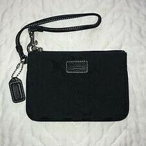Coach Mini Signature Wristlet Pouch/wallet. Photo