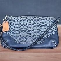 Coach Navy Blue Leather Zipper Closure Wristlet Hang Tag Purse Used Photo