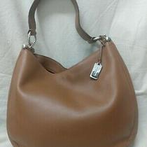 Coach Nomad Hobo Glove Tanned Leather Model 36026 Color Brown Photo