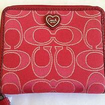 Coach Outline Signature Wallet With Cute Heart Logowristlet Red F48900 Photo
