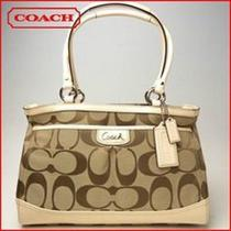 Coach Park Signature Carryall Beautiful Classy and Authentic Photo