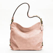 Coach Perforated Leather Duffle Style F19407 B4/blush Photo