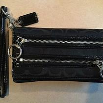 Coach Poppy Black Wristlet Photo