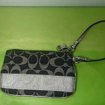 Coach Purse Handbag Wristlet Wallet (110) Photo