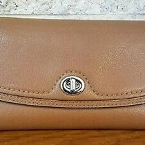 Coach Rare Park Brown Leather Turn Lock Checkbook Wallet Clutch Purse F51765 Photo