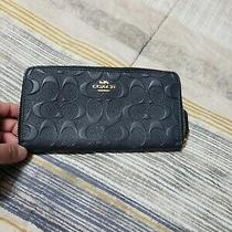 Coach Signature Blue Leather Zip Around Accordion Wallet. Excellent Condition Photo