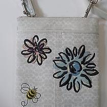 Coach - Signature Canvas With Flowers and Bee Off White Crossbody Swingpack Bag  Photo