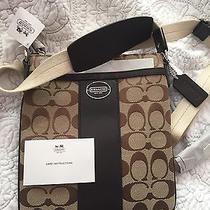Coach Signature Fabric Khaki/mahogany Swing Pack Bag Nwt 135 Photo