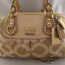 Coach Signature Op Art Sabrina Photo