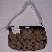 Coach Signature Pleated Medium Khaki/mahogany Wristlet F47206  Photo