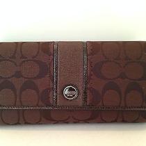 Coach Signature Stripe Checkbook Wallet Nwt F48810 Mahogany Photo