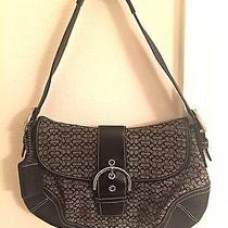 Coach Signature Women's Shoulder Bag - Black Photo