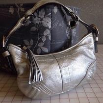 Coach Silver Metallic Handbag K05s-8b19 Free Shpping Photo