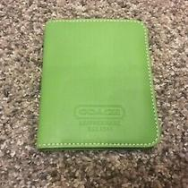 Coach Spring Green Leather Id/ Credit Card Case- Nice Photo