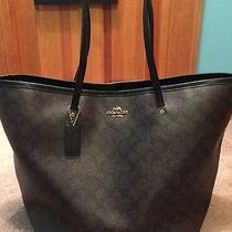 Coach Tote Bag Photo