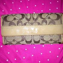 Coach Wallet/clutch Signature  Beige Pleated Front Photo