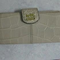 Coach Wallet/croc Embossed Leather/multi Compartment/clip Top/light Biege Photo