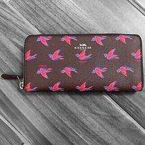 Coach Wallet Happy Bird Slim Accordion Zip Burgundy Oxblood F56811 Svlh1 Photo