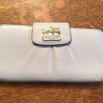 Coach White Leather Wallet Photo