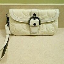 Coach White Nylon Quilted Wristlet W Leather Trim Ski Bunny Photo