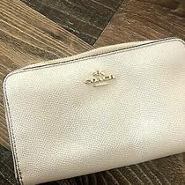 Coach White Saffiano Leather Phone Wallet Wristlet Style 58053 Photo