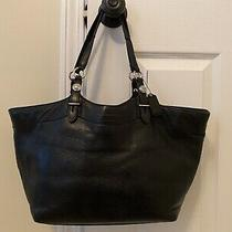Coach Women Medium Leather Tote - Black. Pre-Owned. Genuine Leather Authentic Photo