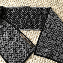 Coach Wool Scarf Color Black White  Photo