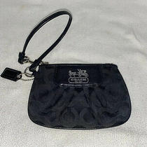 Coach Wristlet Must See Photo
