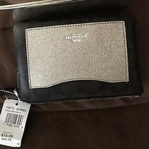 Coach Wristlet New in Box Photo