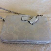 Coach Wristlet Off White  Photo