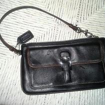 Coach Wristlet (Really Cute) Photo