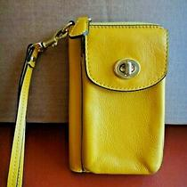 Coach Yellow Clutch Purse Cell Phone Credit Id Wallet Coin Nice Vg Photo