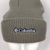 Columbia Beige Gray Beenie Beanie Ski Hat Embroidered Cap Skiing Outdoors  Photo