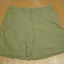 Columbia Fishing Shorts-Outdoors-Vgc-38-Light Weight-Olive-Travel Photo