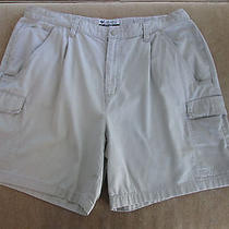 Columbia Outdoors Men's Cargo Shorts Sz 40 Photo