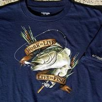 Columbia Pfg Work to Live to Fish Mens T-Shirt Size Extra Large Xl Bass Fishing Photo