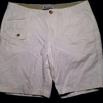 Columbia Shorts Womens 10 White Preowned Nice Casual Outdoor Golf Photo