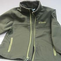Columbia Softshell Ascender Jacket in Green - Boys 8 Photo