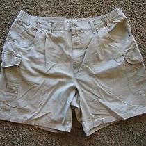 Columbia Sportswear 100% Cotton Khaki Beige Pleat Front Shorts Men's Size 40 Photo