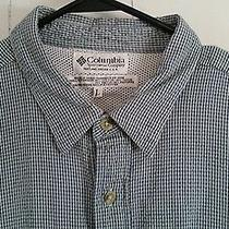 Columbia Vented Outdoor Shirtmen's Size Large Photo