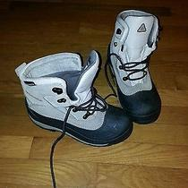 Columbia Water Resistant Boots Size 6 Photo