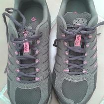 Columbia Woman Sport Shoes Photo