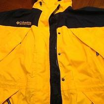 Columbia Women's Jacket  Medium  Photo